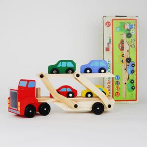 Машинка перевозчик деревянная
