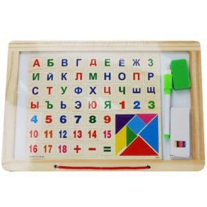 Деревянная доска для рисования с алфавитом